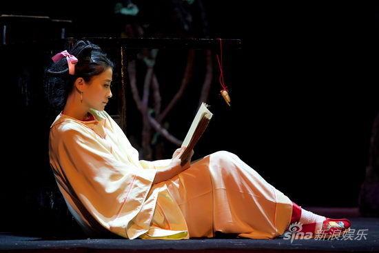 梅婷回归舞台当神女 陈明昊曾称二人不在一个层面上
