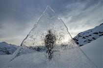 《分水岭》系列作品在墨尔本麦克勒兰公园画廊展出