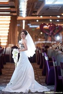 浅谈婚礼摄影:幸福瞬间的纪录、器材运用