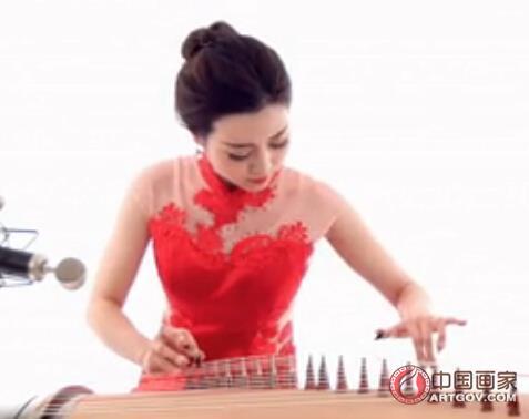 古筝入门教学视频_古筝入门教学视频_古筝名曲欣赏100首