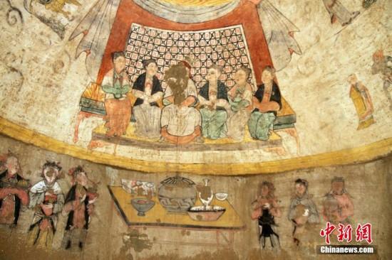 陕西横山元代壁画墓 发现夫妇六人宴饮图